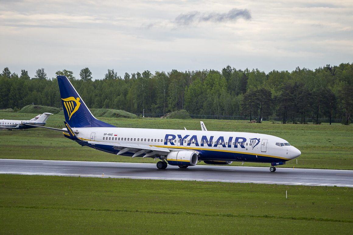 Vilniaus oro uoste nusileidęs Baltarusijos režimo sulaikytas lėktuvas (Foto: BNS)