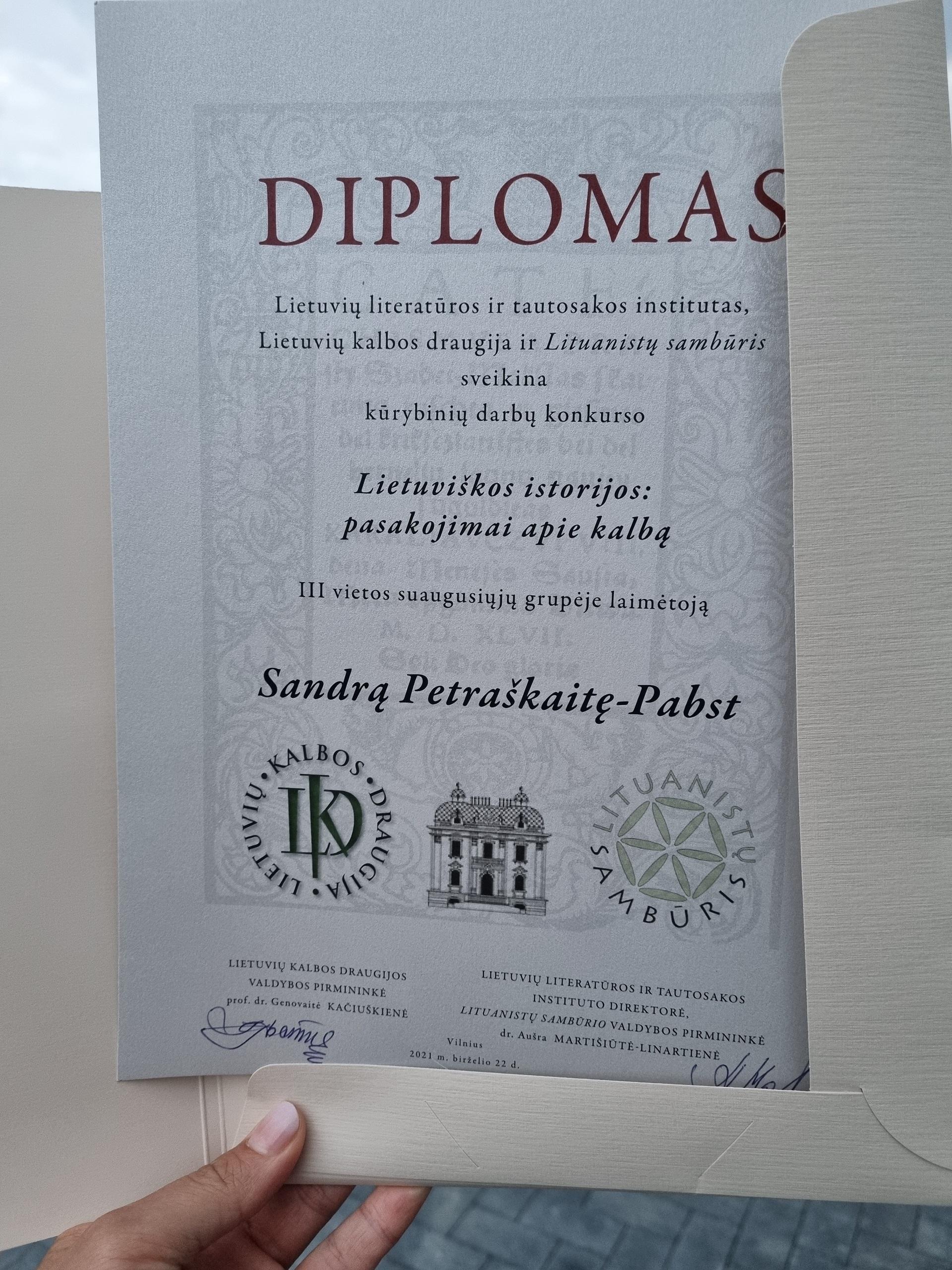 Apdovanojimas už geriausią pateiktą darbą (Autorės, konkurso laureatės archyvo nuotr.)